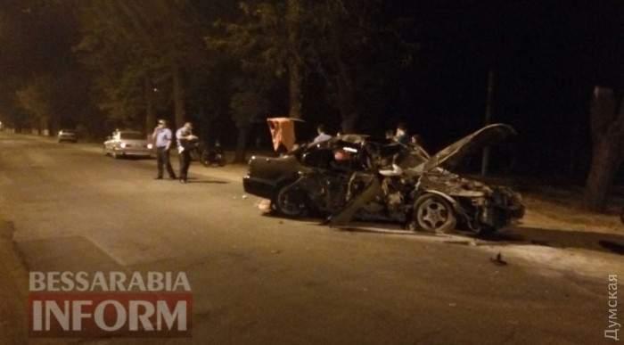 В Измаиле пьяный водитель Nissan влетел в дерево