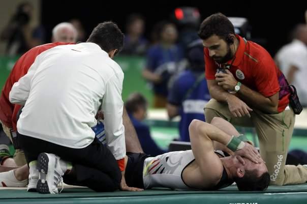 ОИ в Рио: Травмированный гимнаст вывел свою сборную в финал