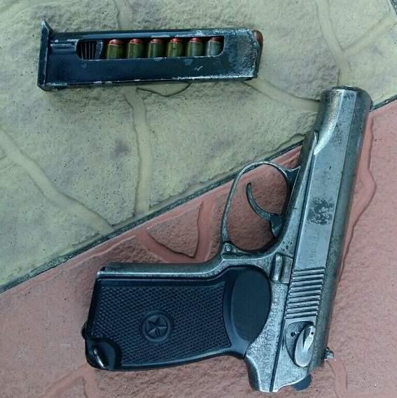 В Киевской области силовики обнаружили огромный арсенал оружия из зоны АТО