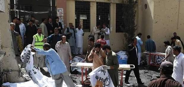 Две группировки исламистов взяли ответственность на себя за теракт в Пакистане