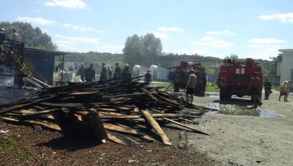 Под Киевом возле заправочной станции вспыхнул пожар