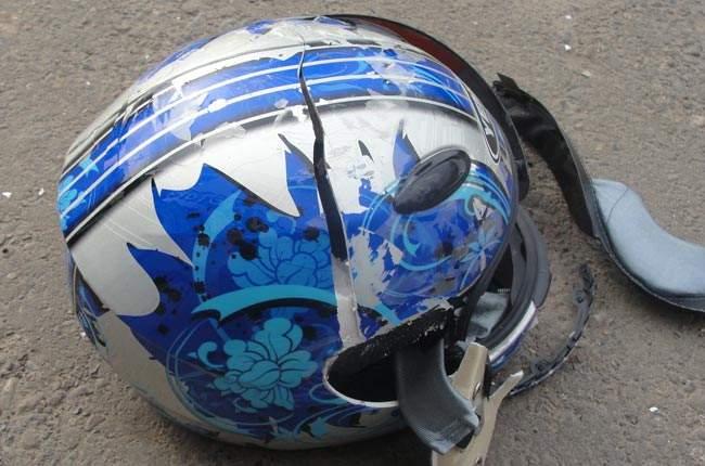 Серьёзное ДТП в Киеве: автомобилист проехал по байку