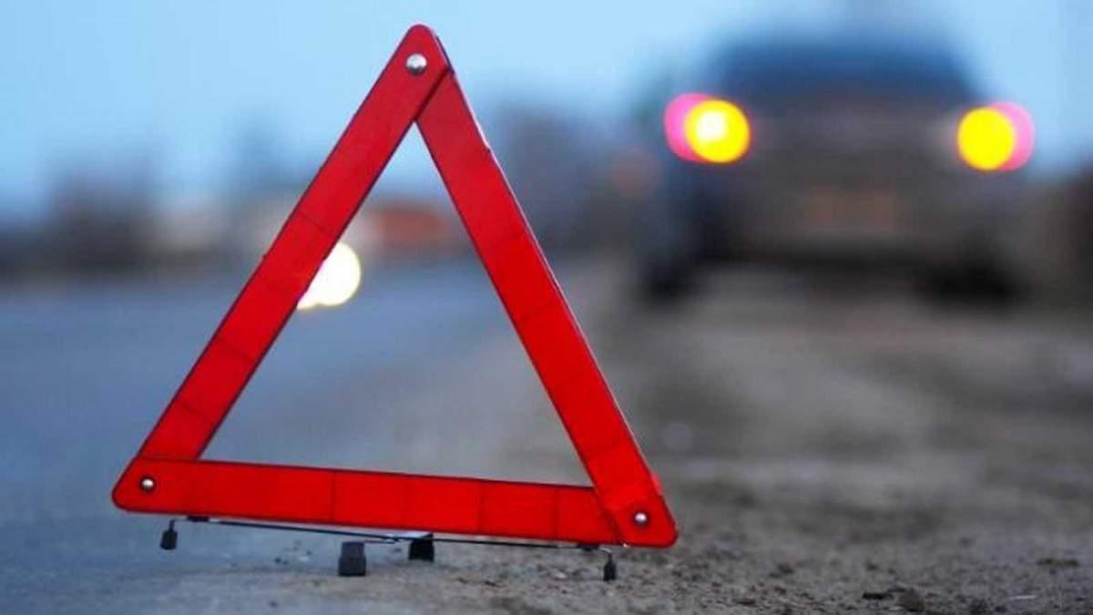 В результате масштабного ДТП в Киеве разбиты 5 автомобилей и мотоцикл