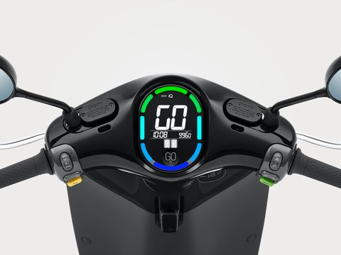Gogoro 2 Smartscooter — первый массовый электроскутер