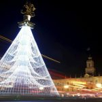Главная новогодняя елка Грузии оказалась в центре политического скандала