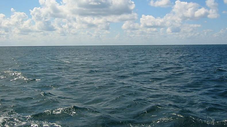 В Японском море пропало судно с рыбаками
