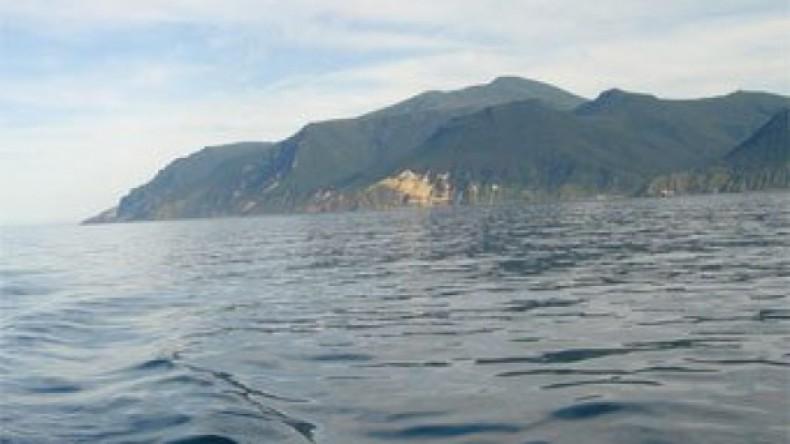 Авиация приостановила поиски пропавшего в Японском море судна «Восток»