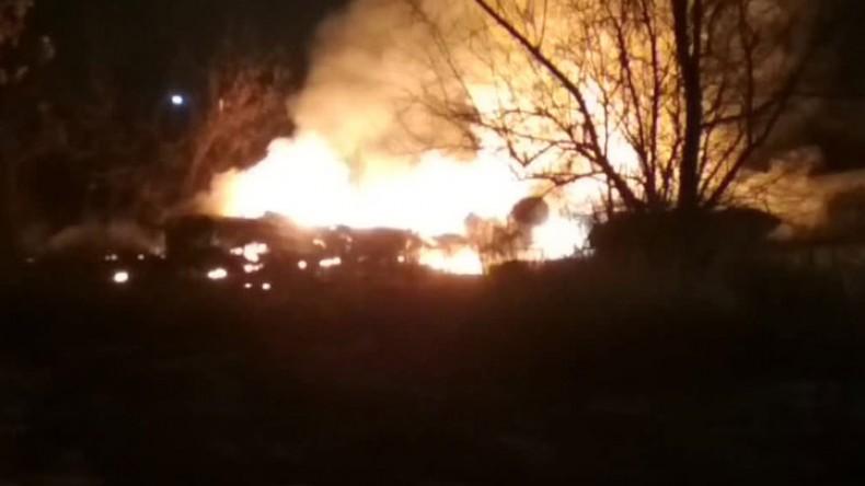 Вертолет Ми-8 упал и загорелся в Кременчуге