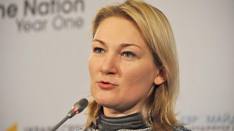 Сенатор из России перепутал украинского депутата с уборщицей