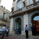Останки Сальвадора Дали вновь захоронили в музее в Испании