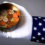 При Трампе национальный долг США превысил $21 триллион