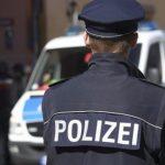 Кельнская полиция установила контакт с человеком, взявшего в заложники женщину