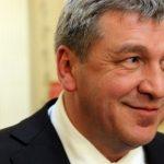 Игорь Албин ушел в отставку