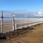 В Крыму на границе с Украиной построено заграждение
