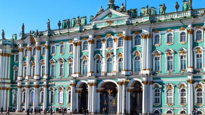 Студенты в Петербурге сообщили о готовящейся краже картины из Эрмитажа