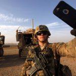 Госдума запретила военным пользоваться телефонами и рассказывать журналистам о службе