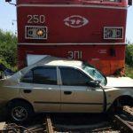 В РЖД предлагают сажать водителей на столкновение с поездами