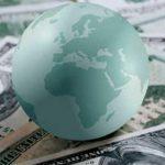 Высока вероятность начала финансового кризиса в России