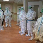 Половина российских врачей считает, что статистика выявленных случаев COVID-19 занижена
