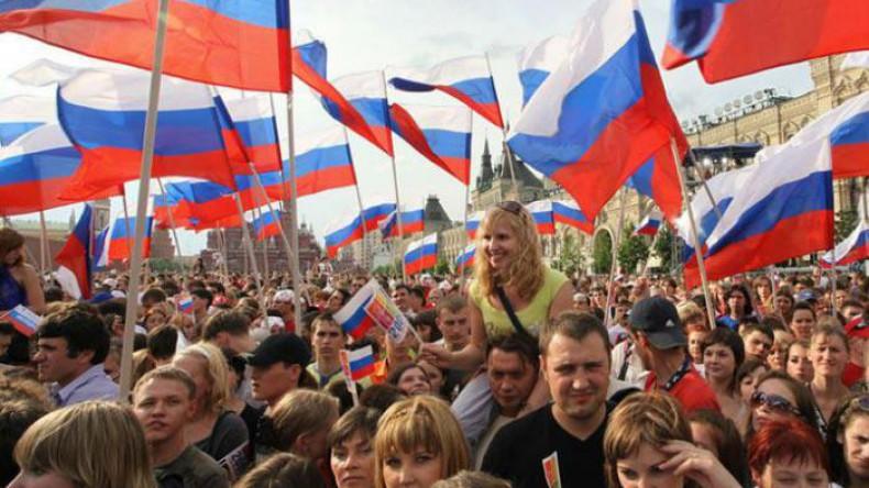 Население России катастрофически убывает