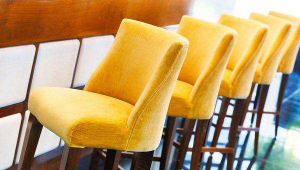 Как выбрать барные стулья для кафе